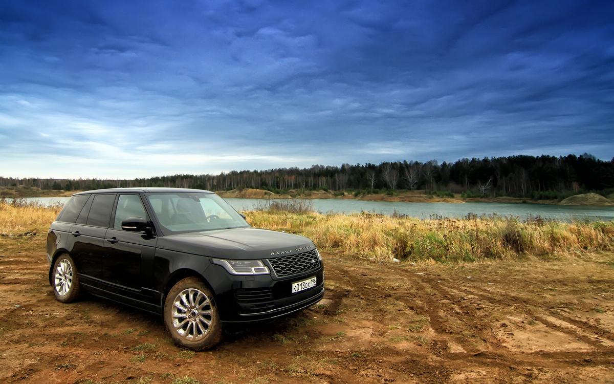 Стыдно ли брать базовую комплектацию? Разбираем на примере Range Rover за 6,8 млн