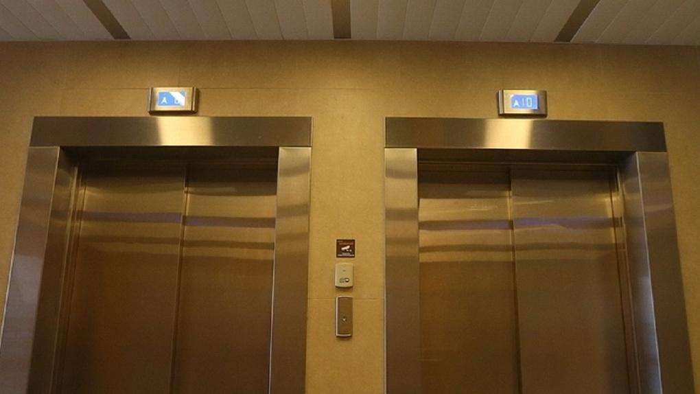 Екатеринбург станет первым миллионником без аварийных лифтов. Сроки