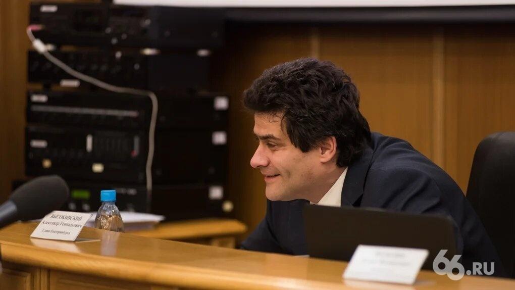 Депутаты не приняли отчет мэра Высокинского. Хотя их об этом просил губернатор