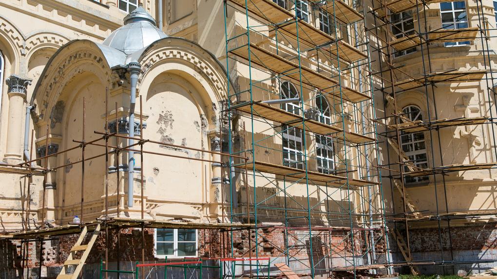 К визиту патриарха в Свердловской области срочно реконструируют храмы. Бюджет – 130 млн рублей