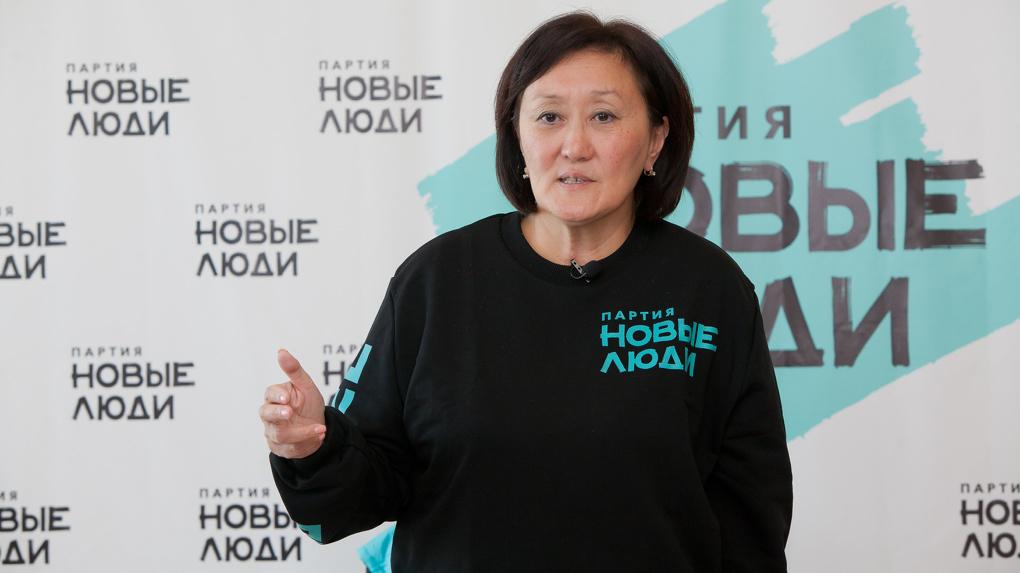 Экс-мэр Якутска Сардана Авксентьева призвала сторонников малых партий объединиться вокруг «Новых людей»
