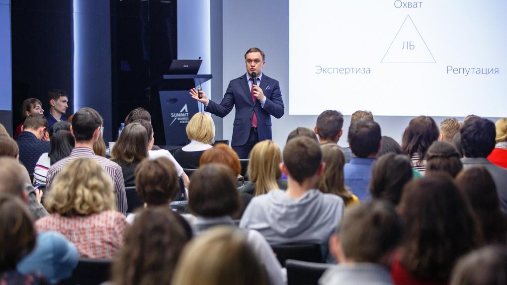 «Концентрация полезности зашкаливает». В Екатеринбурге пройдет форум-выставка франшиз