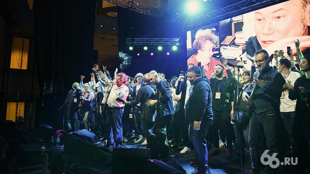 Ural Music Night потеряла 43% зрителей, но все равно стала самым большим музыкальным фестивалем в мире