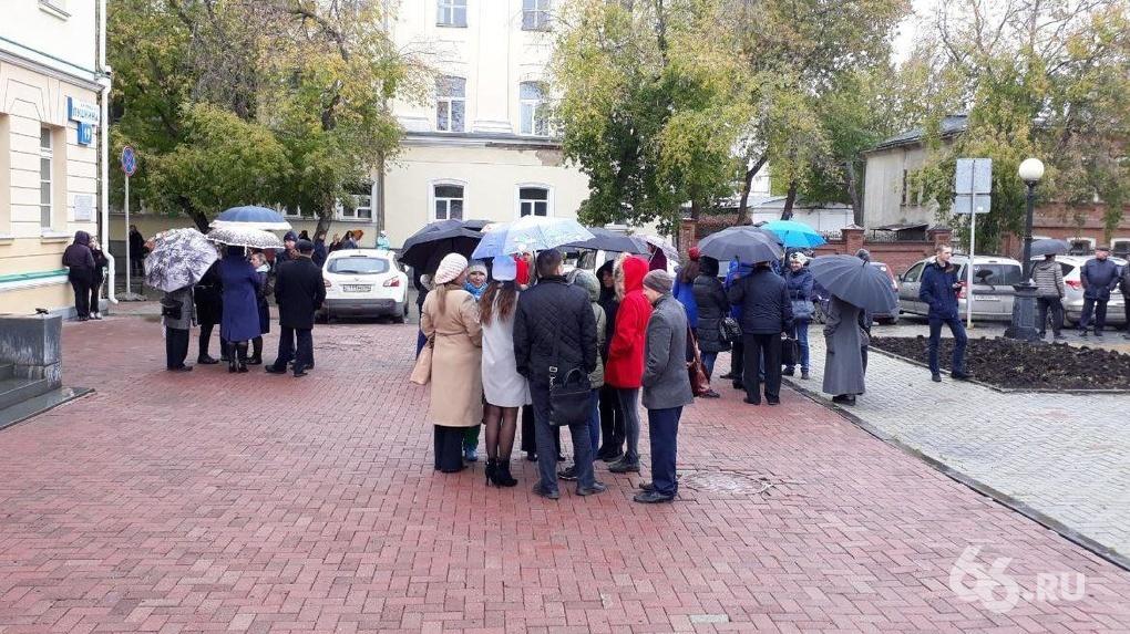 Федеральные телеканалы не заметили минирование Екатеринбурга