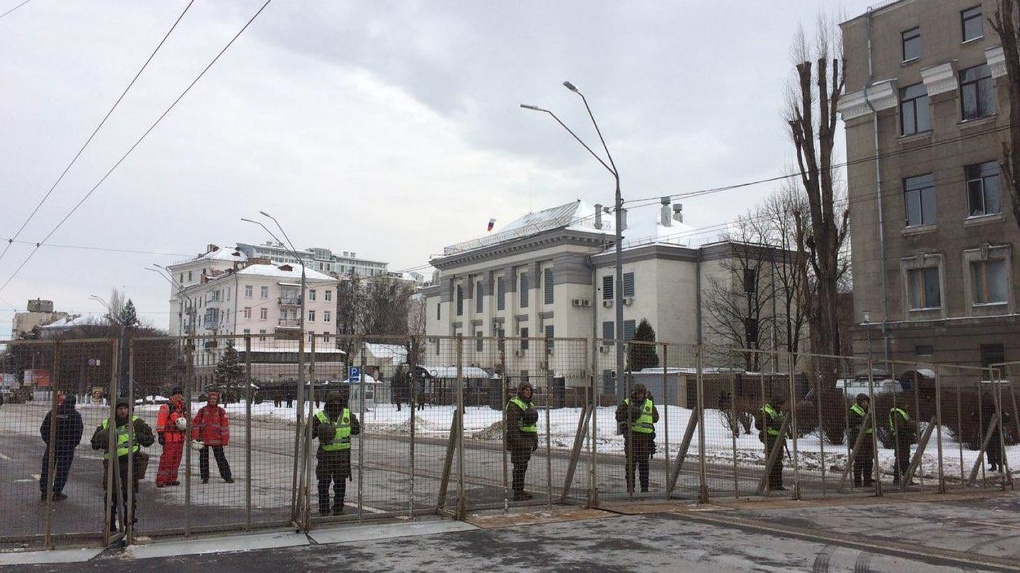 Украинская полиция запретила россиянам голосовать на президентских выборах
