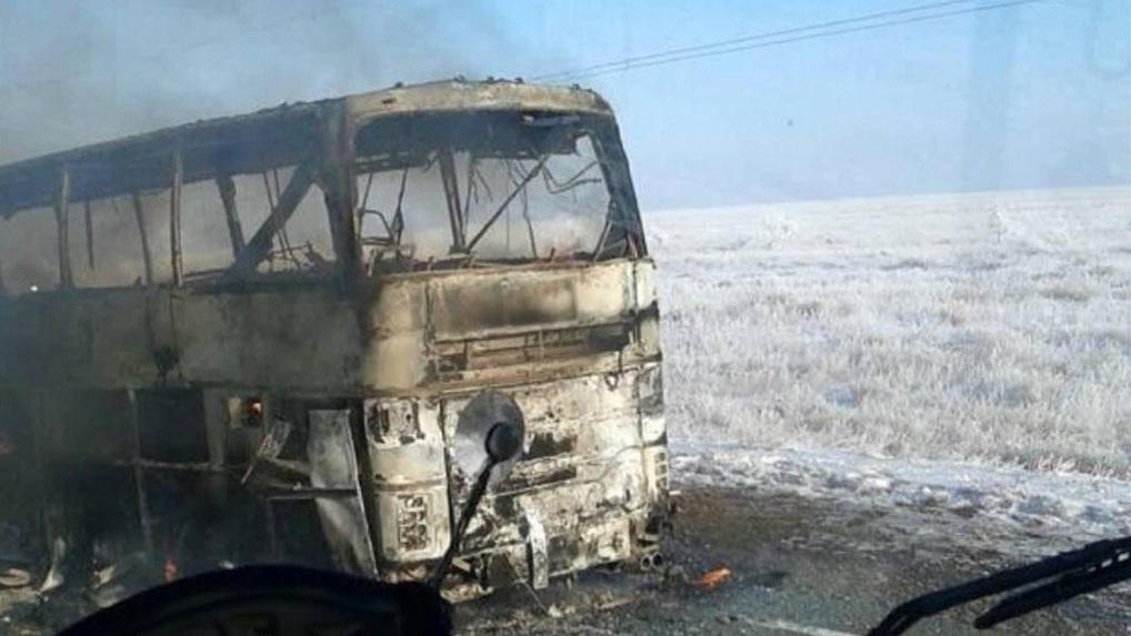 Автобус смигрантами вероятно зажегся отпаяльной лампы— МВД Казахстана