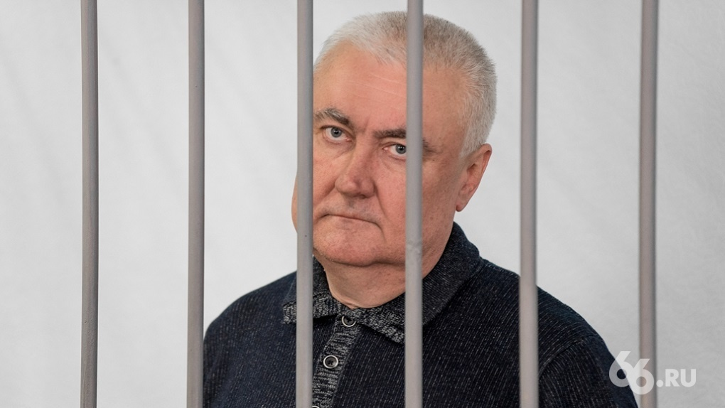 Уголовное дело экс-главы СвЖД закрыли спустя полгода после его смерти. Его семья теперь должна 164 млн