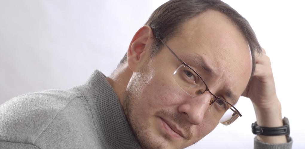 Антон Казарин, клиника «Анадолу»: «Стыдно, что в наших больницах убитые горем родители унижаются перед вахтершами»