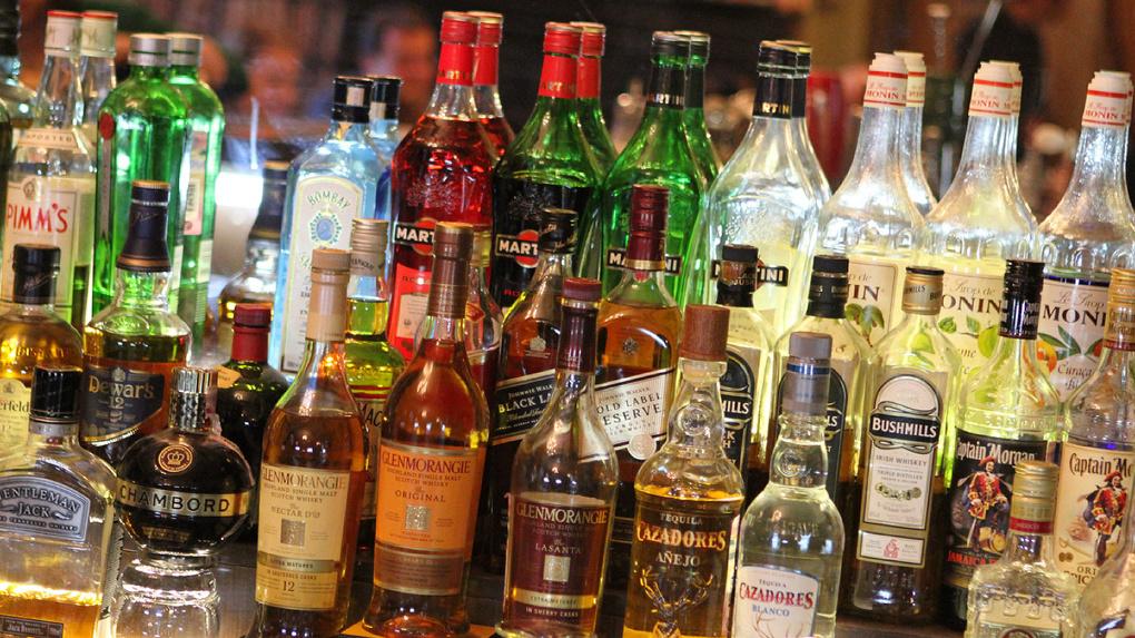 Акцизы на алкоголь и табак будут увеличивать ежегодно