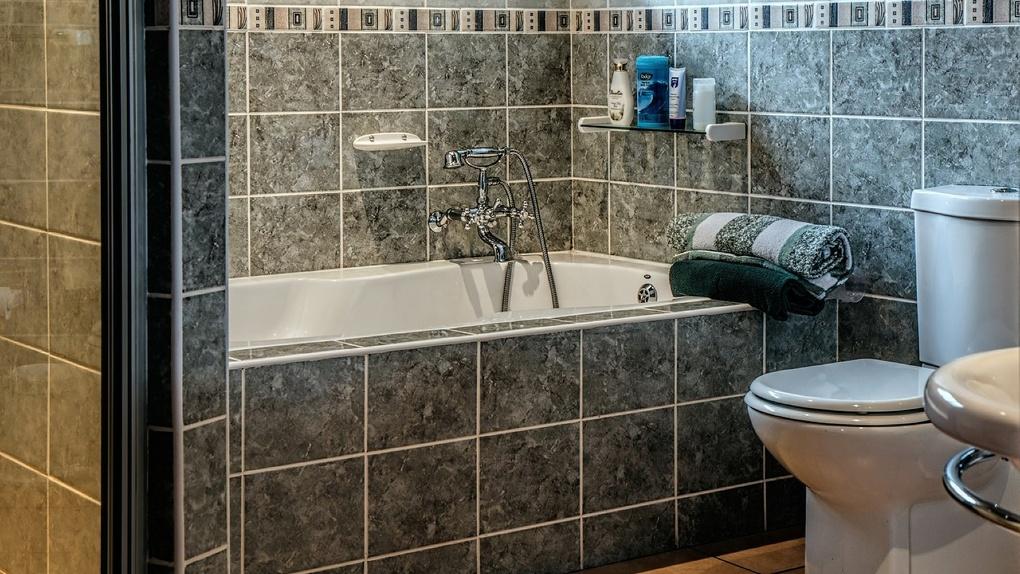 Ремонт в ванной комнате: как обновить интерьер и при этом сэкономить