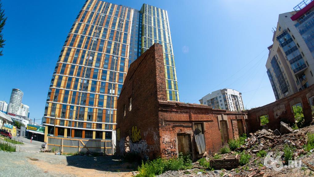 УГМК начинает стройку жилья рядом со старинными особняками на Хохрякова. Что с ними будет?