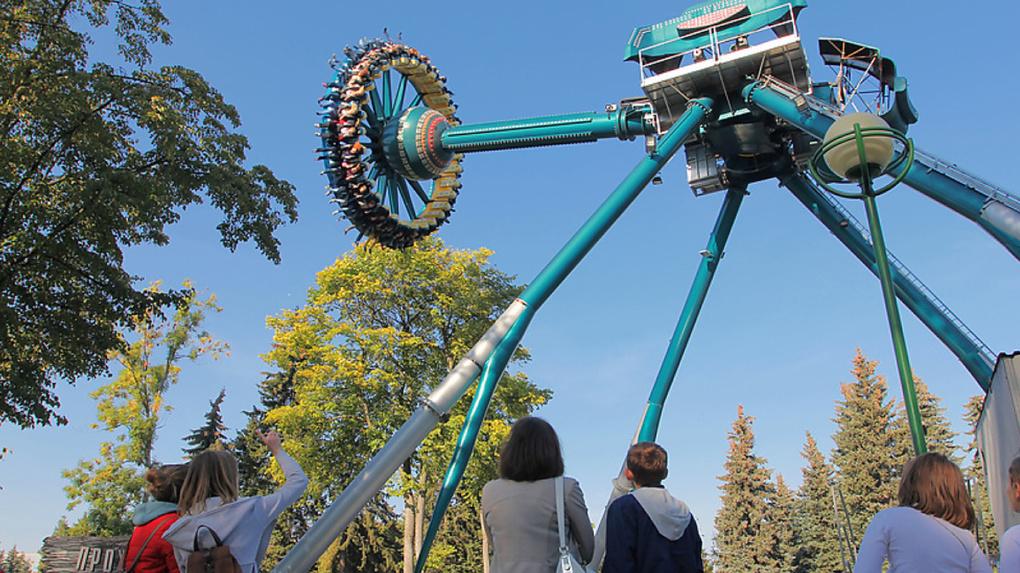 Алексей Орлов разрешил совладельцу завода «ЭМА» строить парк развлечений на Полевском тракте