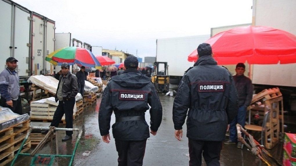 Из страны выдворяют каждого трехсотого: как полицейские борются с нелегальными мигрантами в Екатеринбурге