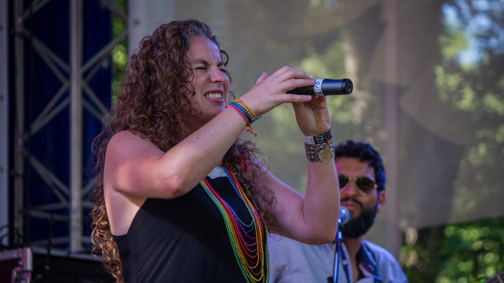 Колумбийская дива, звезда «Голоса» и грузинские парни: три лучших выступления «Усадьбы Jazz» — на 66.RU