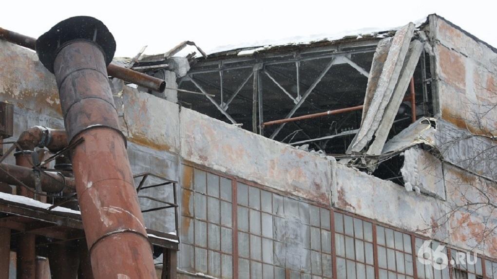 Суд ужесточил наказание виновникам обрушения крыши на ЗиКе