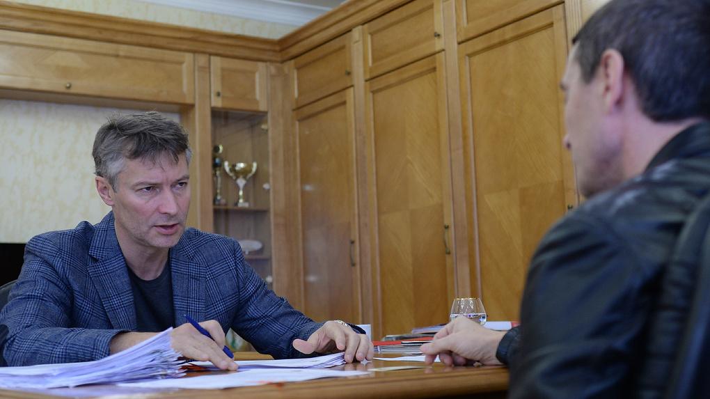 Мэр на работе: 10 страшных историй из жизни Евгения Ройзмана