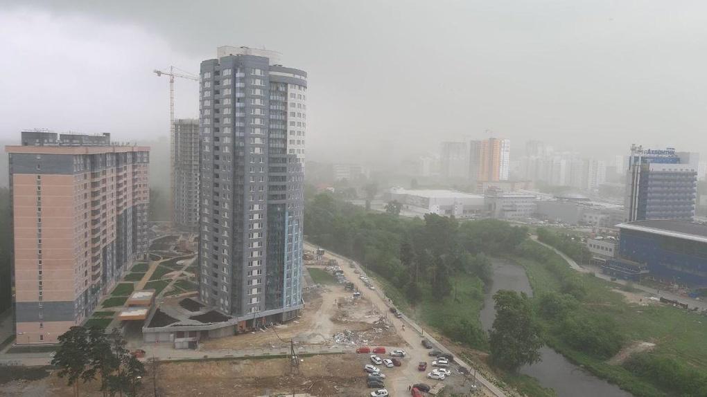 Три человека погибли после урагана в Свердловской области