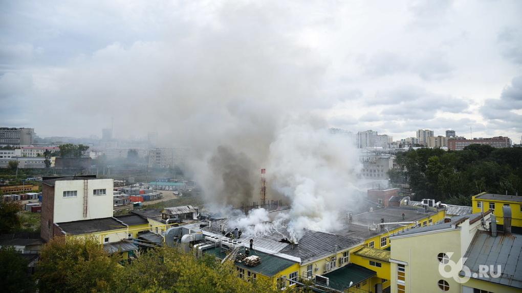 Из-за пожара хлебокомбинат «Смак» перевезут в Кольцово раньше, чем планировали