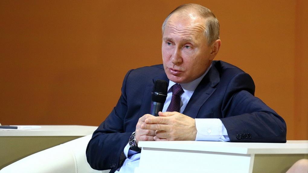 Владимир Путин разрешил новые (и очень странные) наказания для россиян