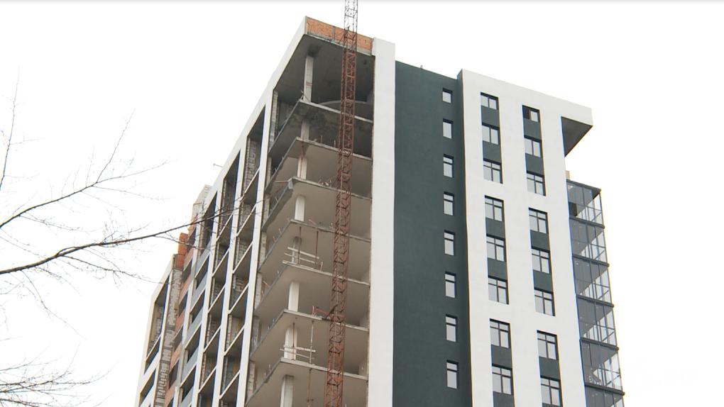Похищения, штурмы и клевета: история строительства бизнес-апартаментов в центре Екатеринбурга