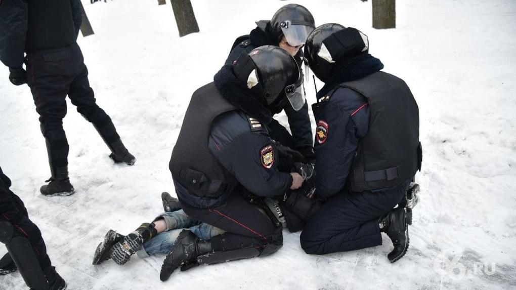 Союз журналистов выступил в поддержку фотографа 66.RU, которого суд признал участником митинга