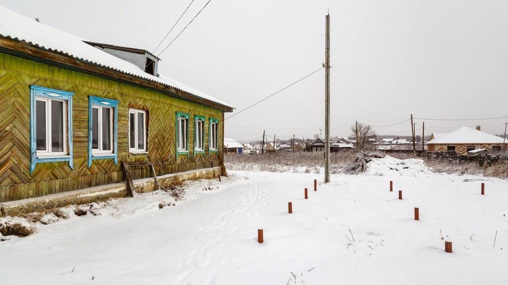 Минздрав обещал построить медцентры в уральских деревнях. Смотрите, что из этого вышло