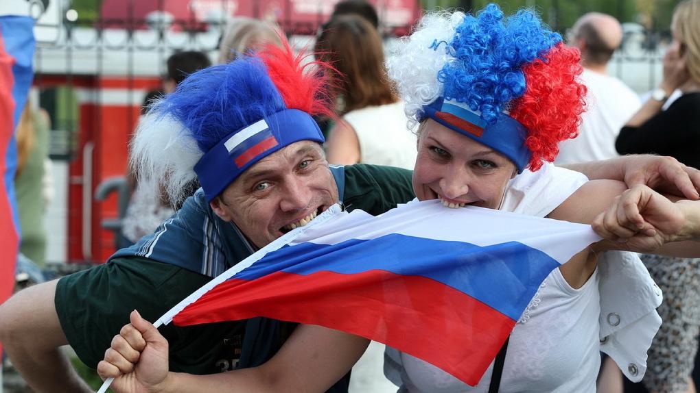 Кремль подготовил программу празднования Дня России. С медведями, березами и Безруковым в Тик-Токе
