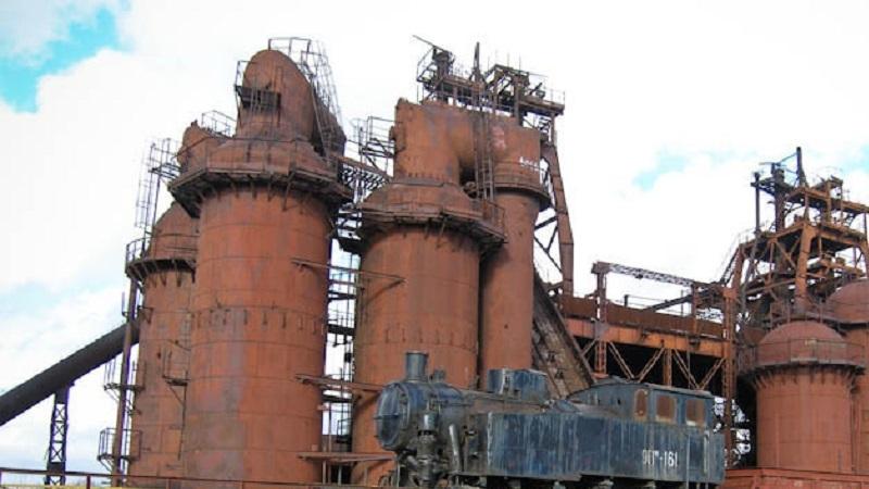 На Урале запустили экспедиции по заброшенным заводам Демидовых. Часть из них потом восстановят