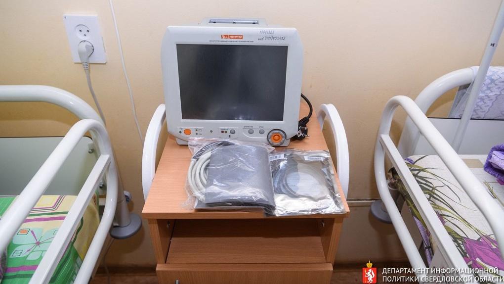 Больницам запретили использовать уральские аппараты ИВЛ после пожаров в реанимациях