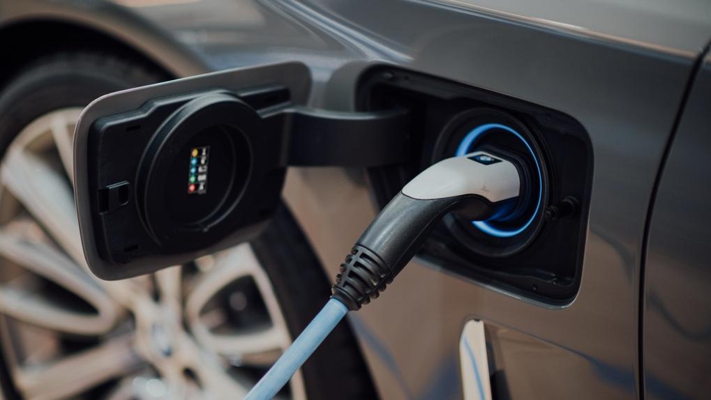 ВТБ Лизинг передал клиенту первый Audi e-tron