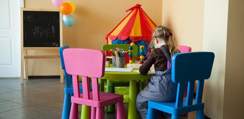 «Дети силовиков попадают в детсады без очереди — это несправедливо». Евгений Ройзман правит закон об образовании