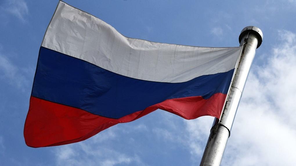 С июля в России вступят в силу новые законы. Что изменят и запретят