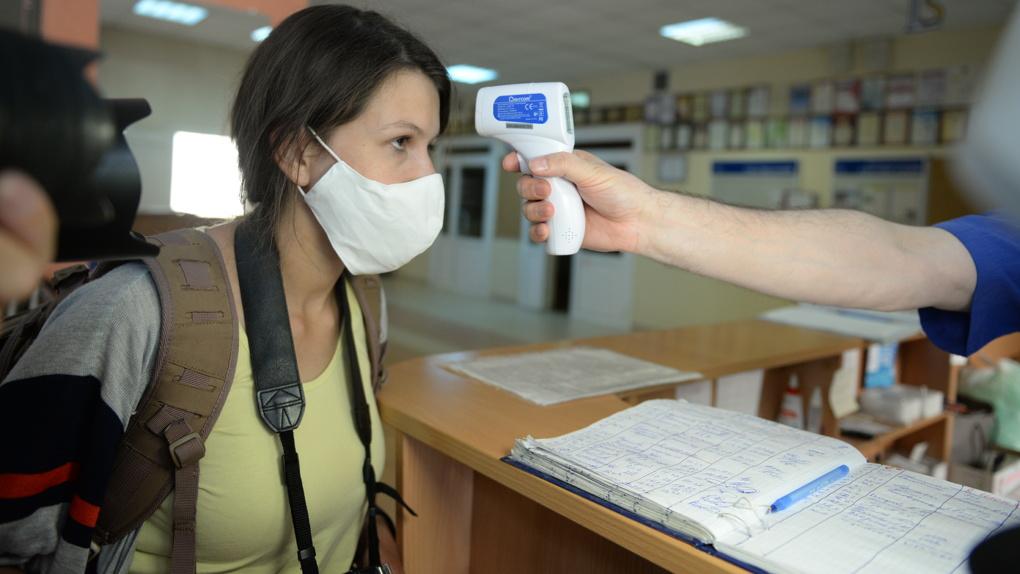 Поликлиники возобновили плановую помощь после перерыва на COVID