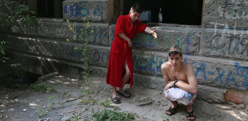 «Там война, людей мочат!» В Екатеринбурге показали спектакль «Родная земля. Дневники Донбасса»