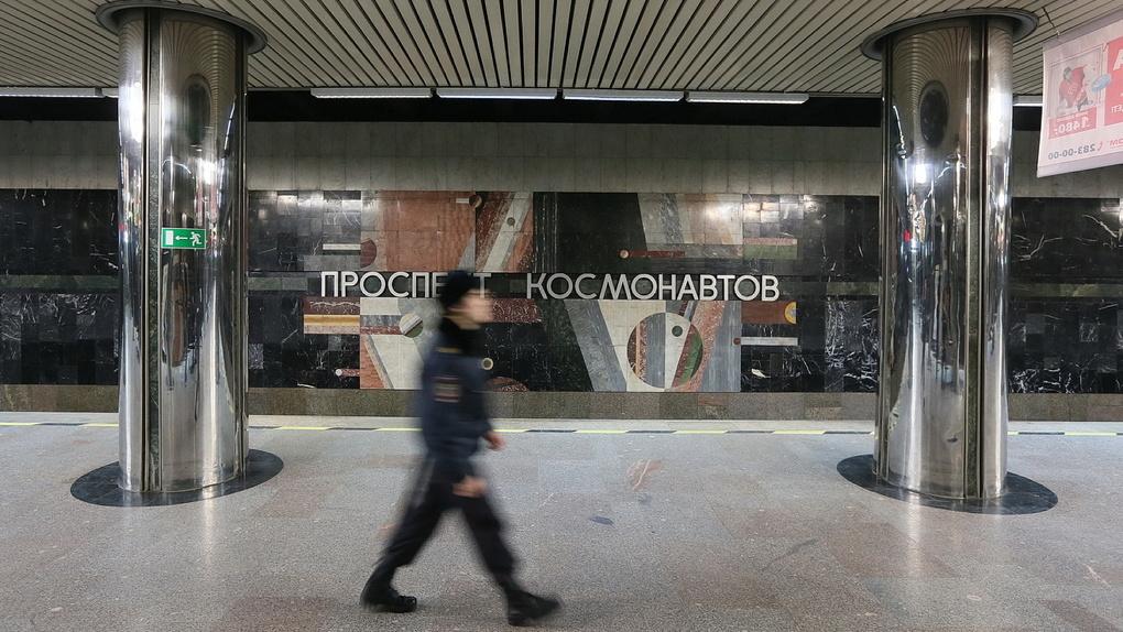 В метро заработала суперсистема контроля против любопытных пассажиров