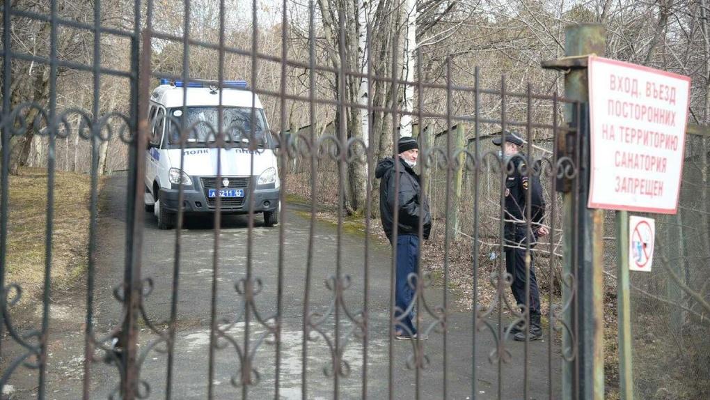 В Екатеринбург на карантин летит еще один самолет с туристами. Карта обсерваторов