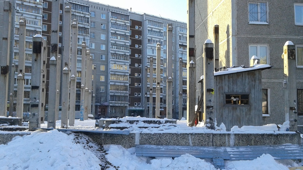 Екатеринбург против точечной застройки: пять шагов воина-освободителя двора