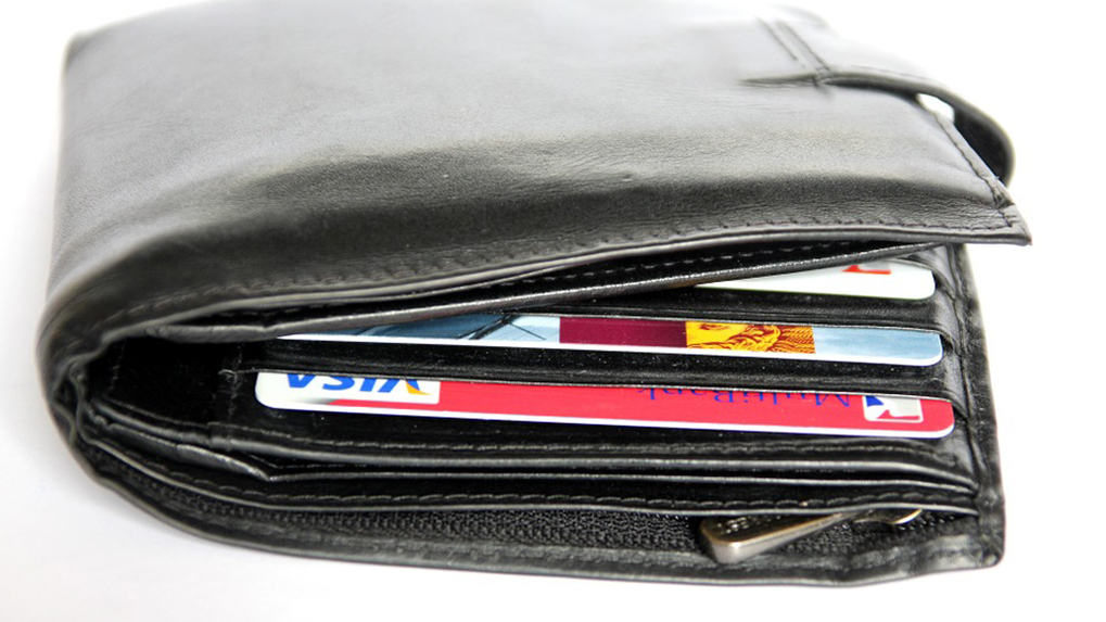 УБРиР запустил Android Pay для держателей карт Visa