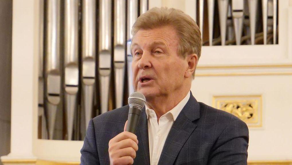 Льва Лещенко перевели в реанимацию инфекционной больницы