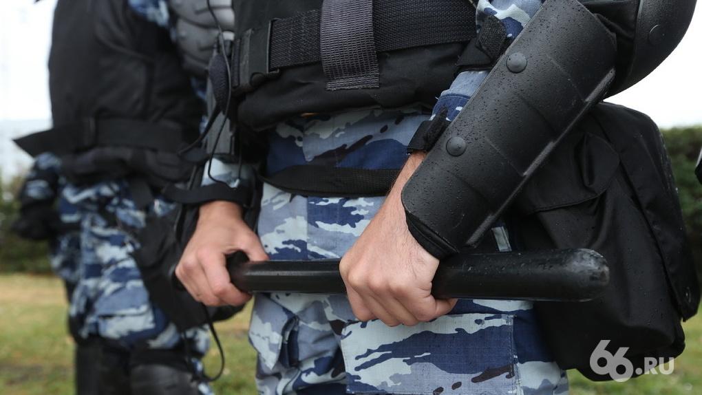 Сотрудники транспортной полиции похитили человека и требовали выкуп под угрозой уголовного дела