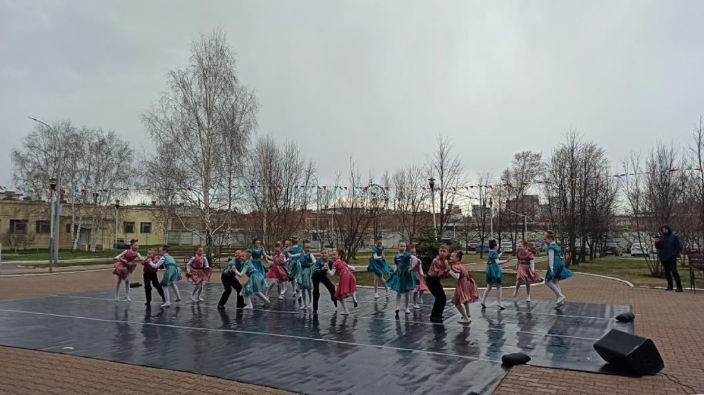 Благотворительный фонд «Синара» подарил маленьким пациентам онкоцентра «Танец добра»