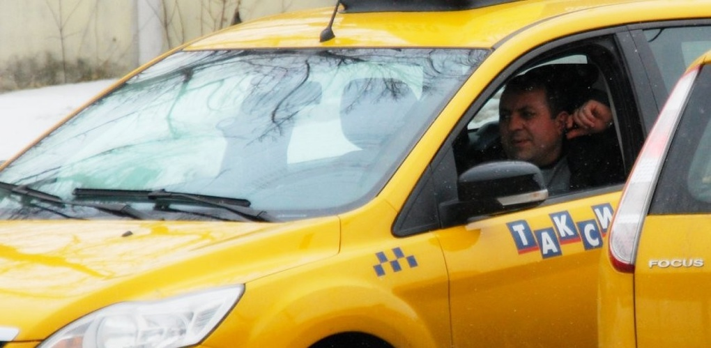 Средний чек — 150 рублей: екатеринбуржцы ездят на такси чаще всего в магазины и бары