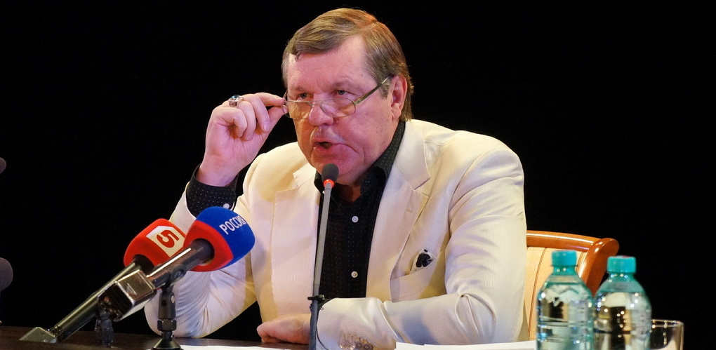 Новая атака на Новикова: еще одна группа обманутых дольщиков требует посадить шансонье в тюрьму