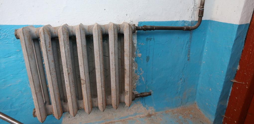Жители почти сотни домов на Эльмаше остались без отопления