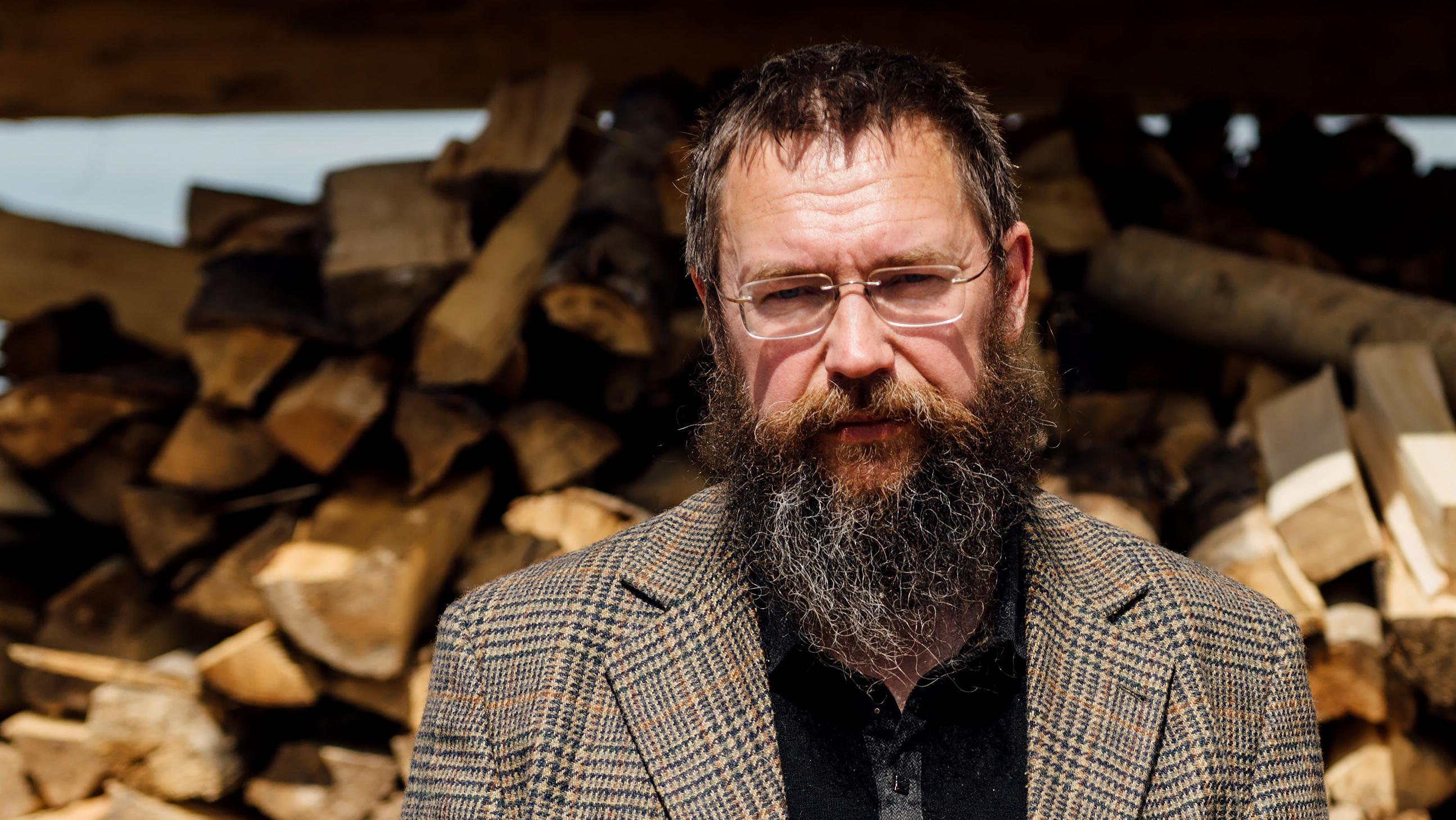 Герман Стерлигов начал торговать в собственных магазинах «свежие розги»