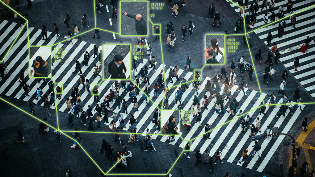 «Только зашел на сайт – звонит менеджер»: как интернет-магазины получают доступ к вашим личным данным