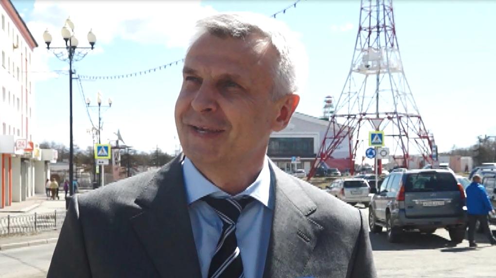 «Привет из солнечного Магадана!» Экс-мэр Сергей Носов уговаривает тагильчан не выходить на митинг