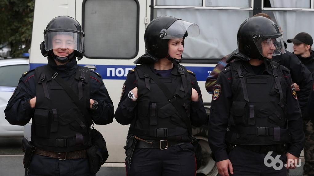 Полицейские по всей России массово увольняются из-за пенсионной реформы