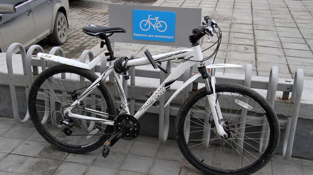 Установлена личность велосипедиста, сбившего школьника у гимназии №9. У него уже были проблемы с законом