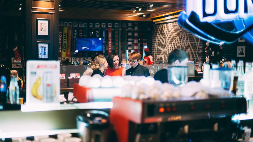 Кафе и рестораны Екатеринбурга могут полноценно заработать со следующей недели